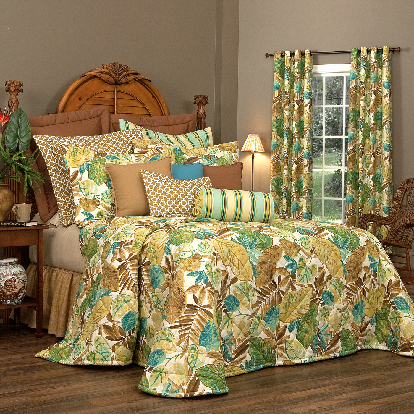 Bedspreads and curtains 2