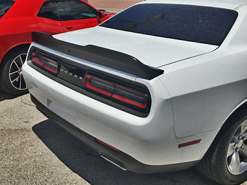 Dodge challenger g series notched spoiler w camera option 2015 2017