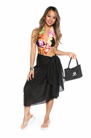 Cotton Sarong in Black with a Bag