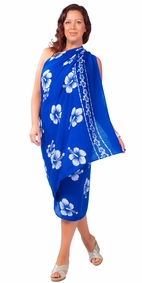Plus Sized Fringeless Hibiscus Flower Sarong in Blue/White