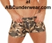 Camo Zipper Pouch Short