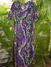 Long Muumuu<br>Purple flower Leis