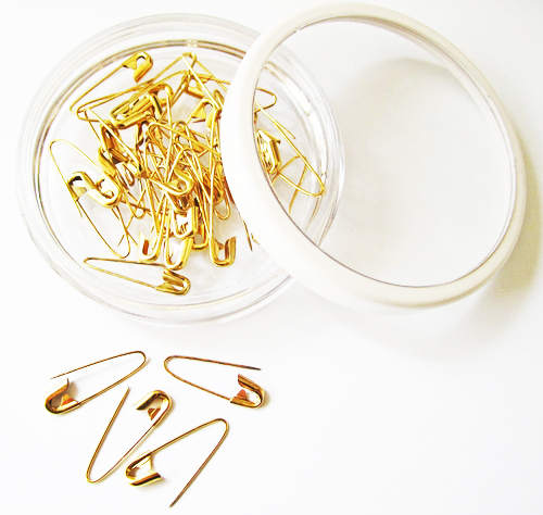 "7/8"" Coilless Goldtone Safety Pins"