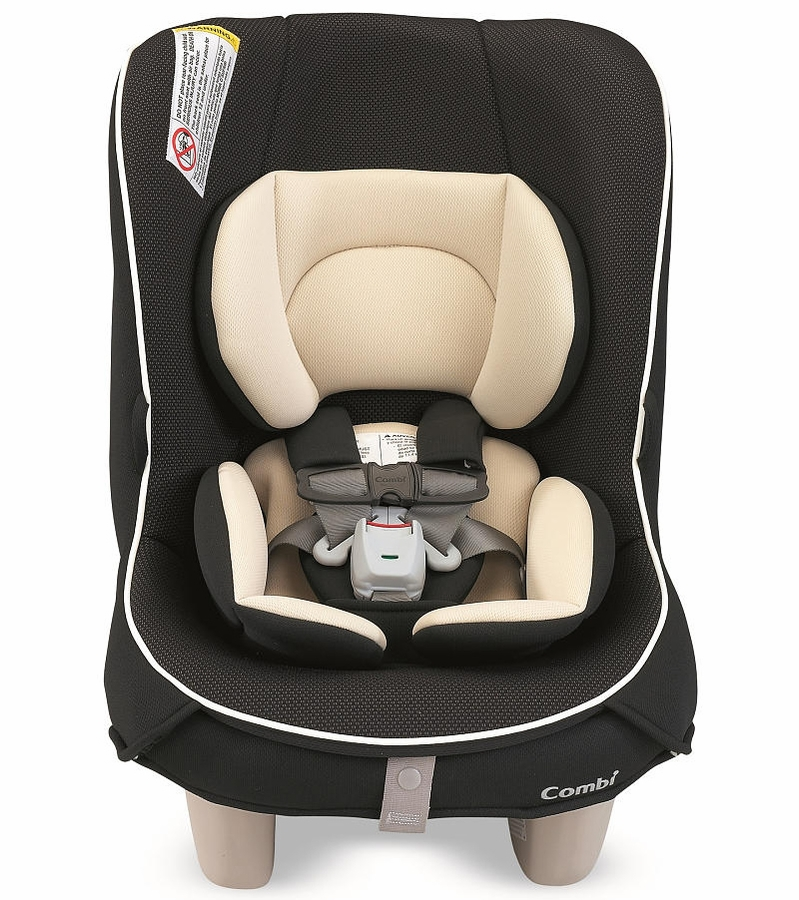 Combi Coccoro Convertible Car Seat Licorice