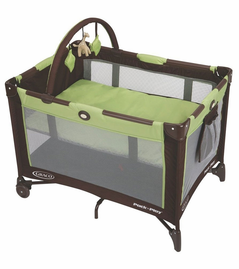 graco pack 39 n play on the go playard go green. Black Bedroom Furniture Sets. Home Design Ideas