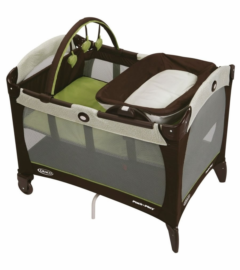 graco pack 39 n play playard with reversible napper changer go green. Black Bedroom Furniture Sets. Home Design Ideas