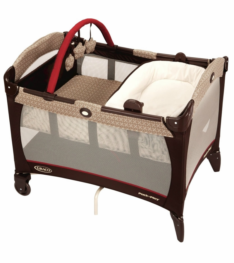 Graco Pack N Play Playard With Reversible Napper Changer Starburst