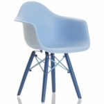 Little Nest Bucket Child Chair in Blue