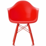 Little Nest Bucket Child Chair in Red