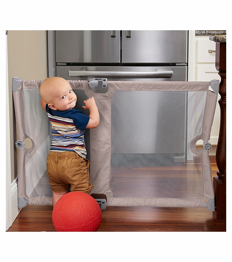 Navigate Retractable Amp Portable Child Safety Gate