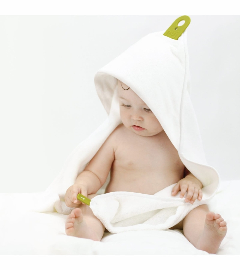 Puj Hug Hands Free Infant Bath Towel