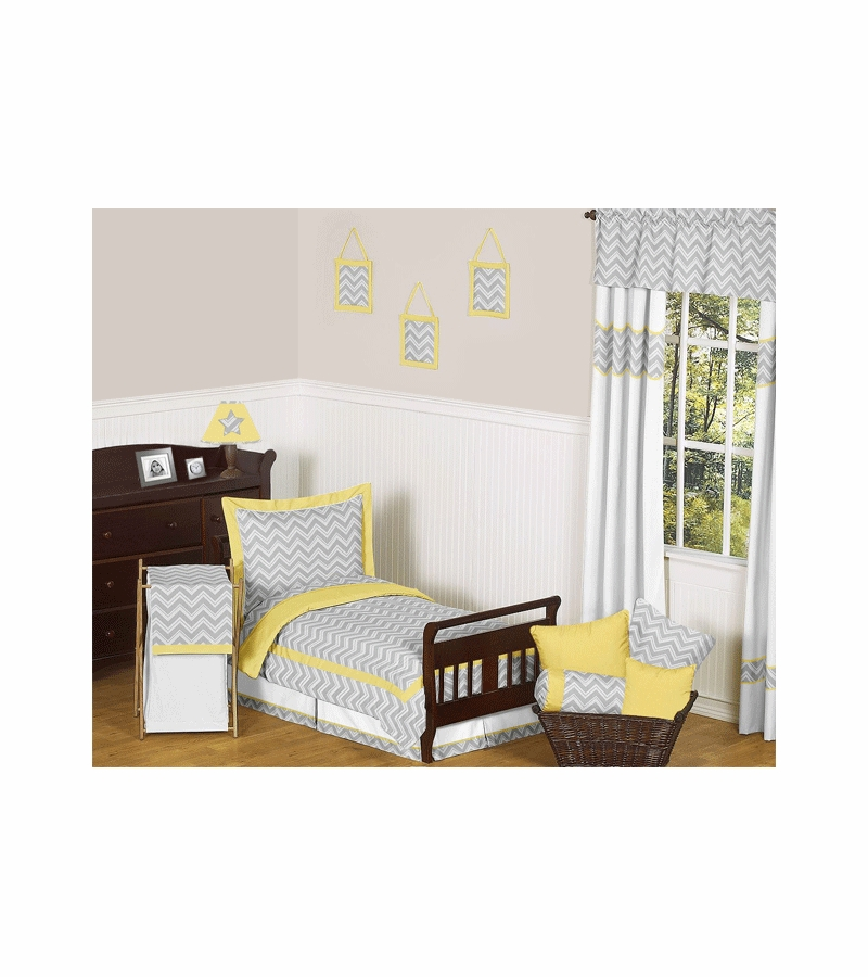 Sweet jojo designs zig zag yellow grey chevron toddler for Zig zag bedroom ideas