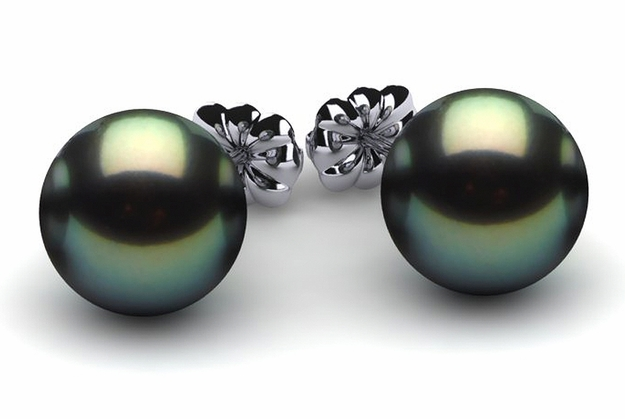 13mm Black South Sea Tahitian Pearl Earring