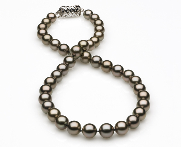 8.00x10.22mm Eggplant Tahitian Pearl Necklace