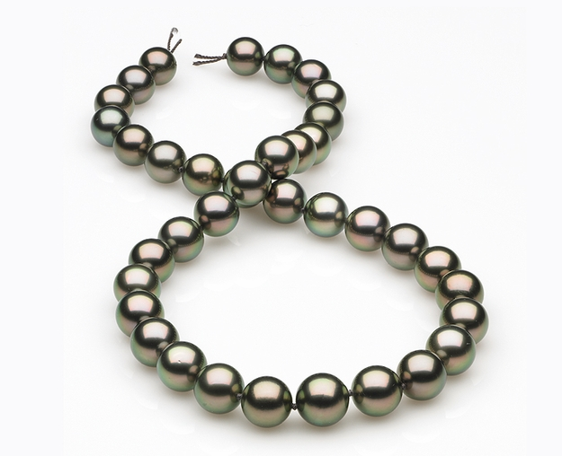8.4 x 10.5mm Peacock Tahitian Pearl Necklace
