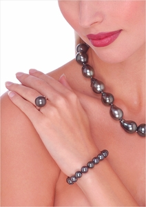 Black Tahitian South Sea Cultured Pearl Bracelet - 7 inches