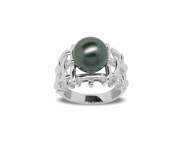 Clio a Black Tahitian Cultured Pearl Ring
