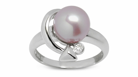 Cupid a Freshwater Pearl Ring