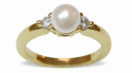 Eve a Japanese Akoya Pearl and Diamond Ring