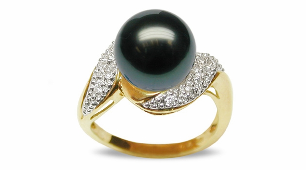 Fiti a Black Tahitian South Sea Cultured Pearl Ring