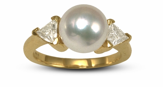 Japanese Akoya Cultured Pearl and Diamond Trillion Ring