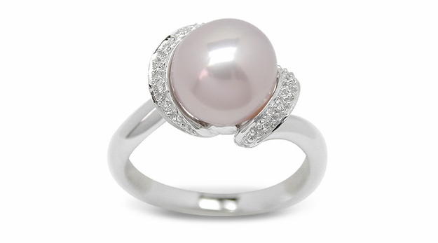Marquee a Freshwater Cultured Pearl Ring