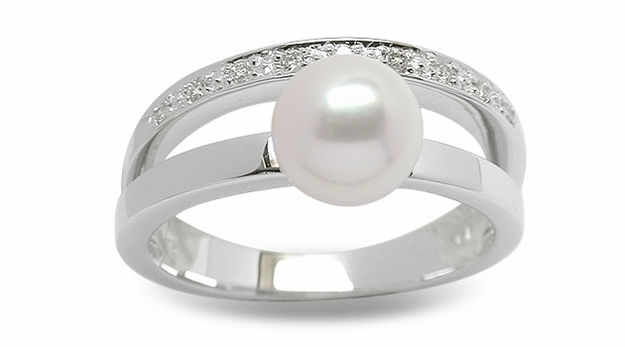 Noble a Japanese Akoya Cultured Pearl Ring