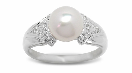 Pomona a Japanese Akoya Cultured Pearl Ring