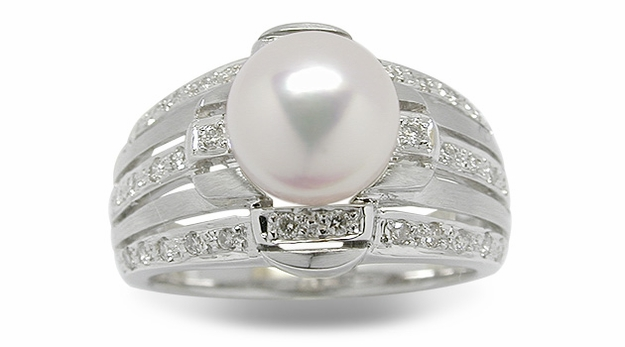 Shine a Japanese Akoya Cultured Pearl Ring