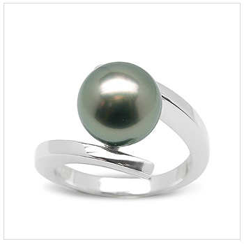 Tahitian Ionic a Black Tahitian Cultured Pearl Ring
