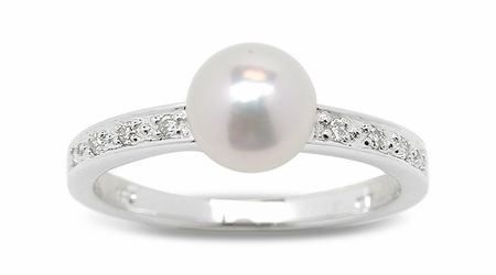Tarini a Japanese Akoya Cultured Pearl Ring