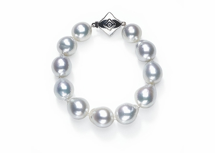 White Baroque South Sea Pearl Bracelet