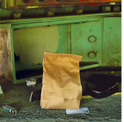 Anthony Hernandez, Everything paper bag