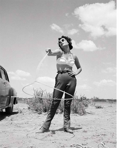 Elizabeth Taylor on the set of 'Giant' by Frank Worth