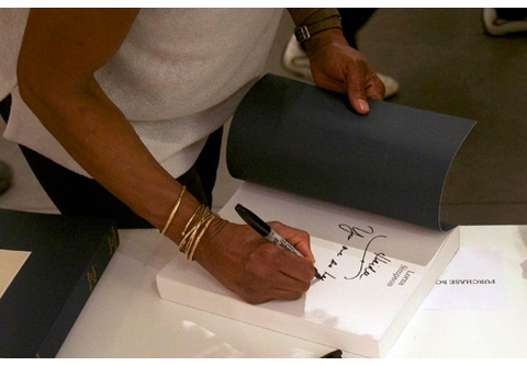Lorna Simpson Signs 'Works on Paper' at agnès b.