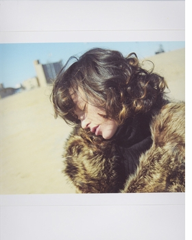 Featured image is reproduced from <I>Paz de la Huerta: The Birds Didn't Die over the Winter</I>.