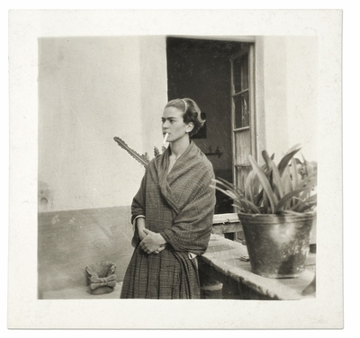 Private entertainments or public show? Frida Kahlo: Her Photos