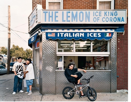 Quietly inspiring photographs of Queens, New York, by two American masters