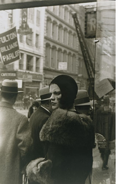 Walker Evans: Aperture Masters of Photography, Girl on Fulton Street