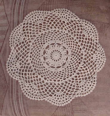 """11.5"""" Round Shaped Crochet Lace Doilies Placemats, Handmade Cotton - Beige (2 PACK)"""