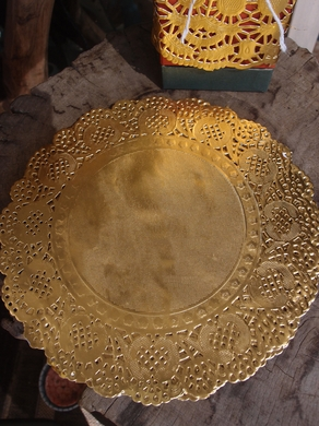 "8.5"" Round Gold Foil Doilies Placemats, Metallic (50 PACK)"