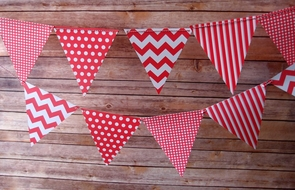 Red Mix Pattern Triangle Flag Pennant Banner (11FT)