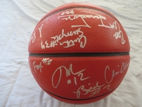 2005-06 Villanova Wildcats team autographed NCAA basketball (Randy Foye Kyle Lowry Jay Wright)