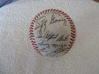 25 Hall of Famers autographed NL baseball (Ted Williams Ernie Banks Bill Dickey Lefty Gomez Stan Musial Pee Wee Reese)