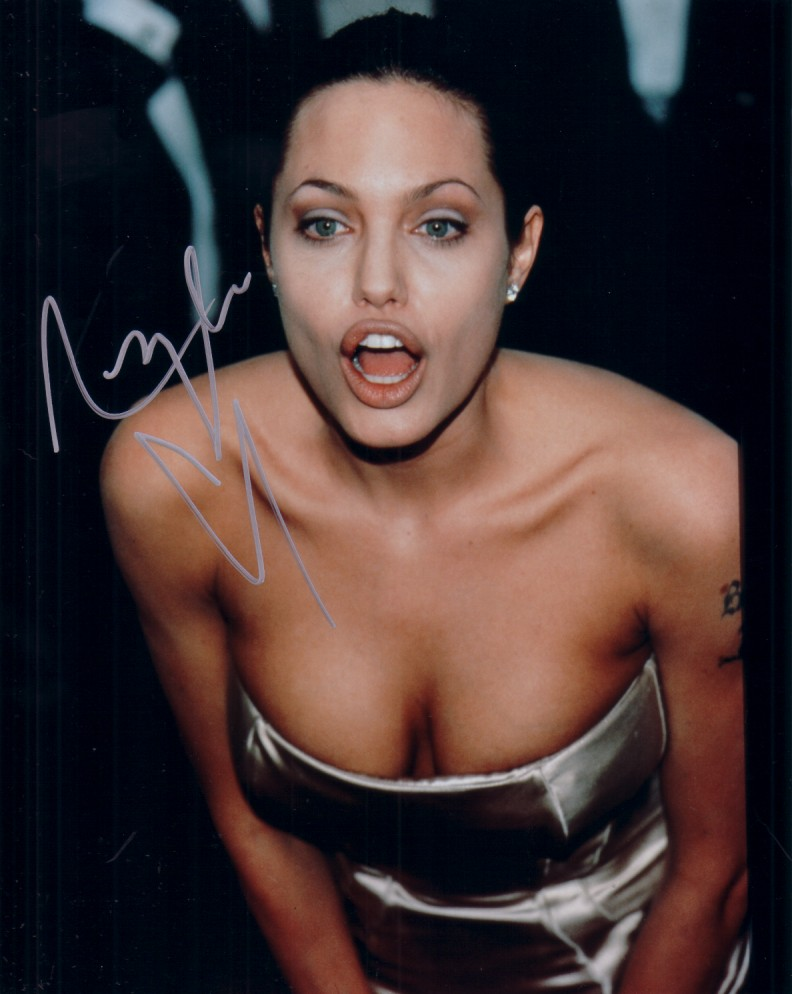 Sexy picture of angelina jolie