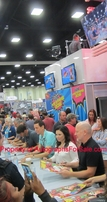Family Guy autographed 2016 Comic-Con poster (Alex Borstein Mike Henry)