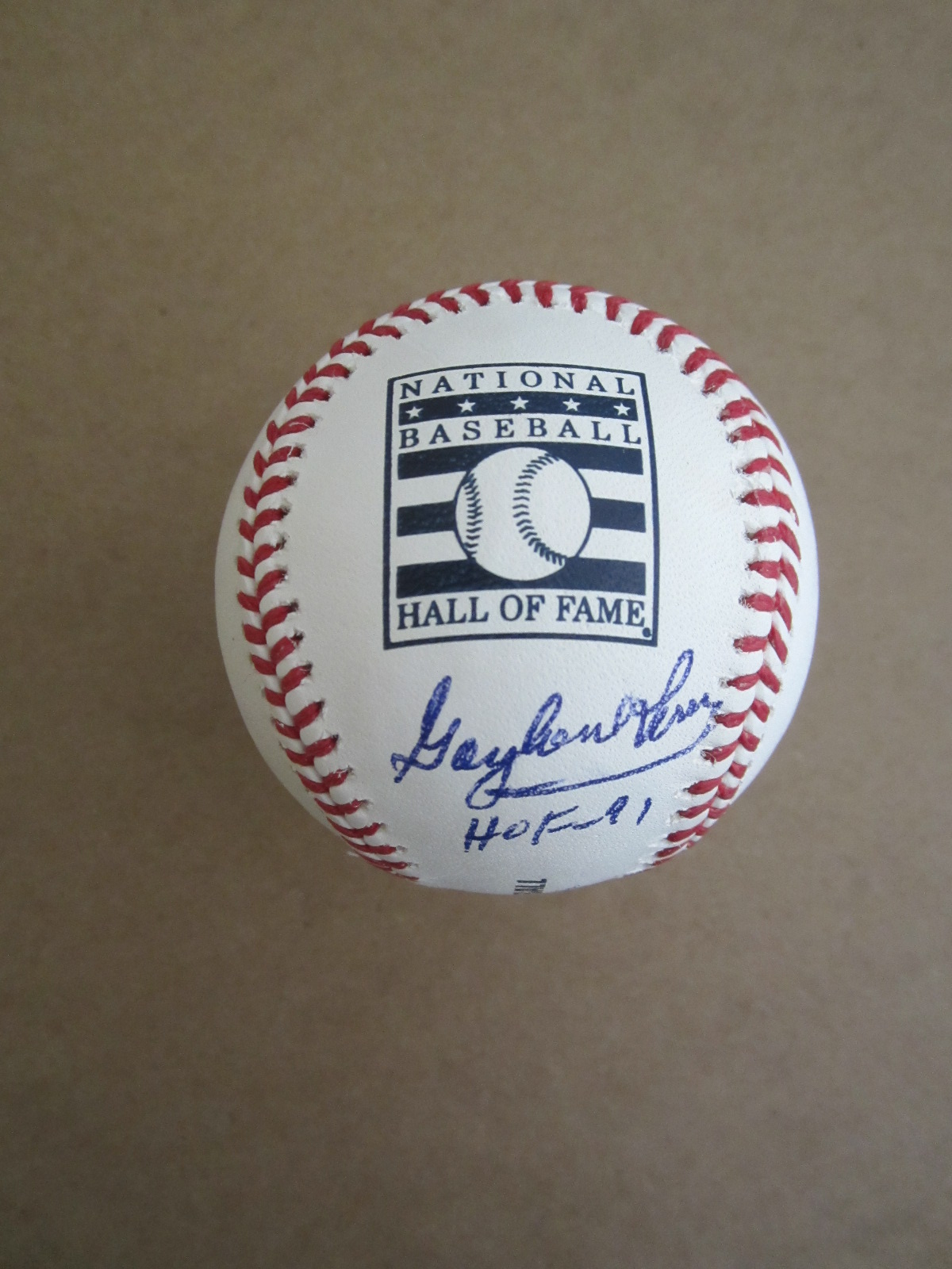 d4a6e8e7b71 Gaylord Perry autographed Rawlings Hall of Fame baseball (MLB authenticated)