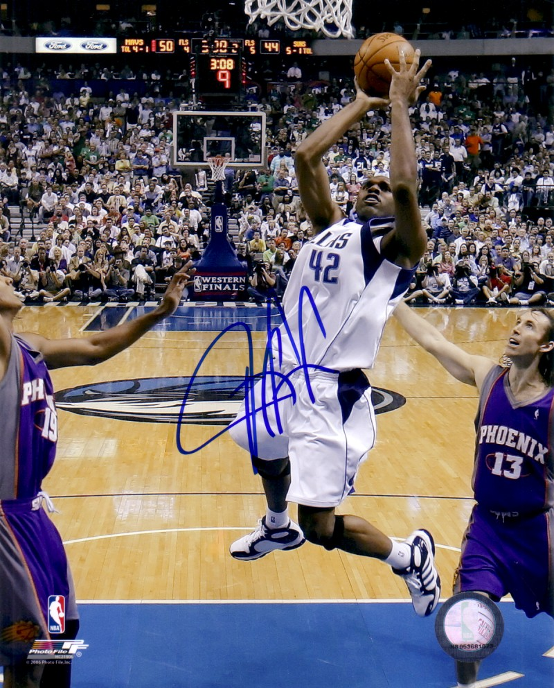 Jerry Stackhouse autographed Dallas Mavericks 8x10 photo Retired