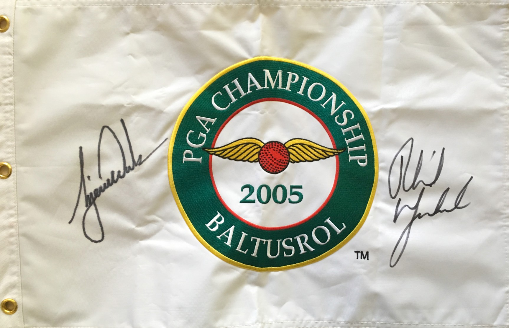 ce604598d14 Phil Mickelson   Tiger Woods autographed 2005 PGA Championship embroidered  canvas golf pin flag