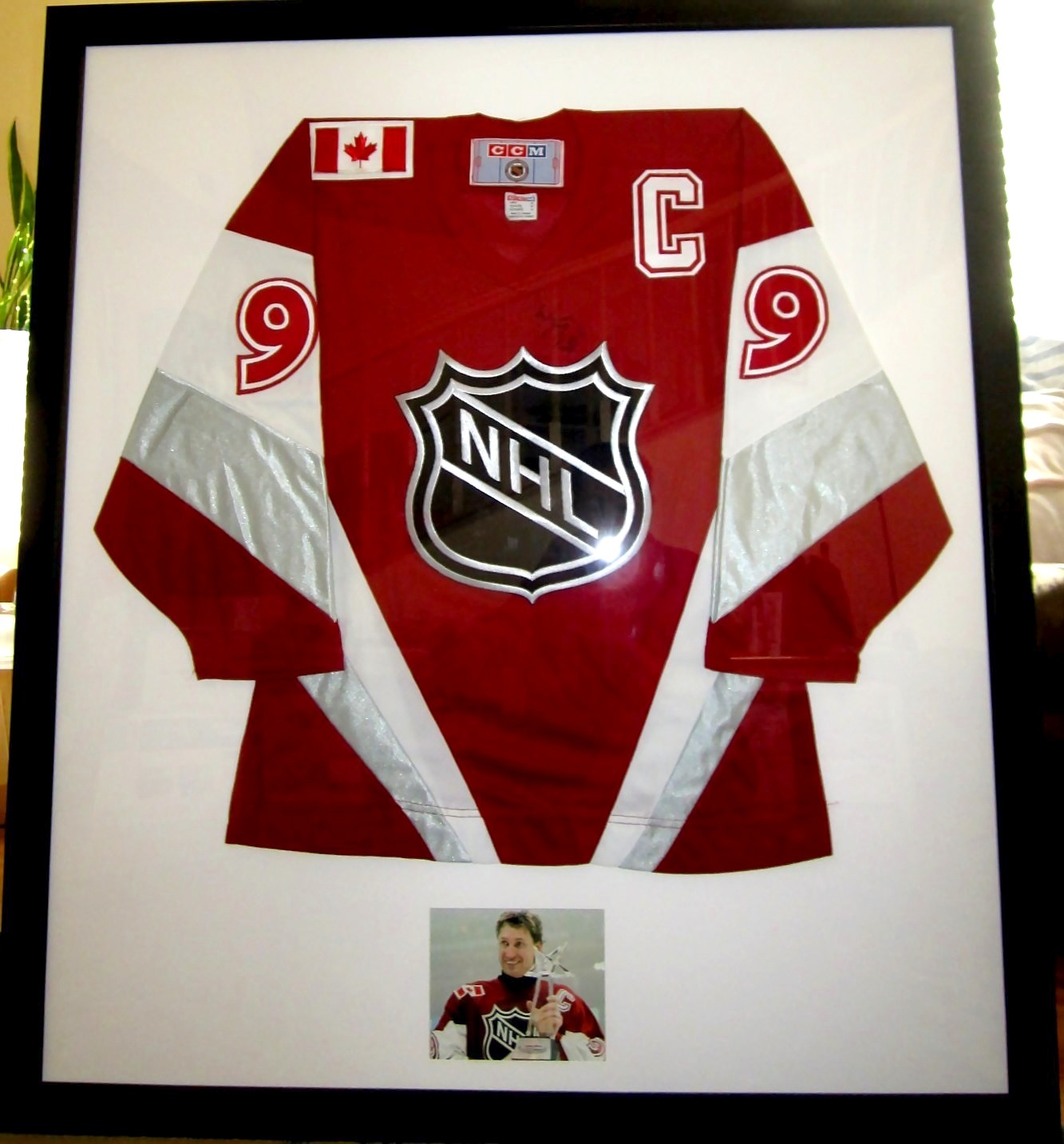 Wayne Gretzky autographed 1999 NHL All-Star Game authentic CCM jersey  matted   framed with photo 1ea3410a0ac